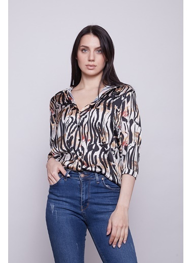 Jument Kadın Saten Kumaş Desenli Yakalı Capri Truvakar Kol Düğmeli Gömlek-Zebra Zebra